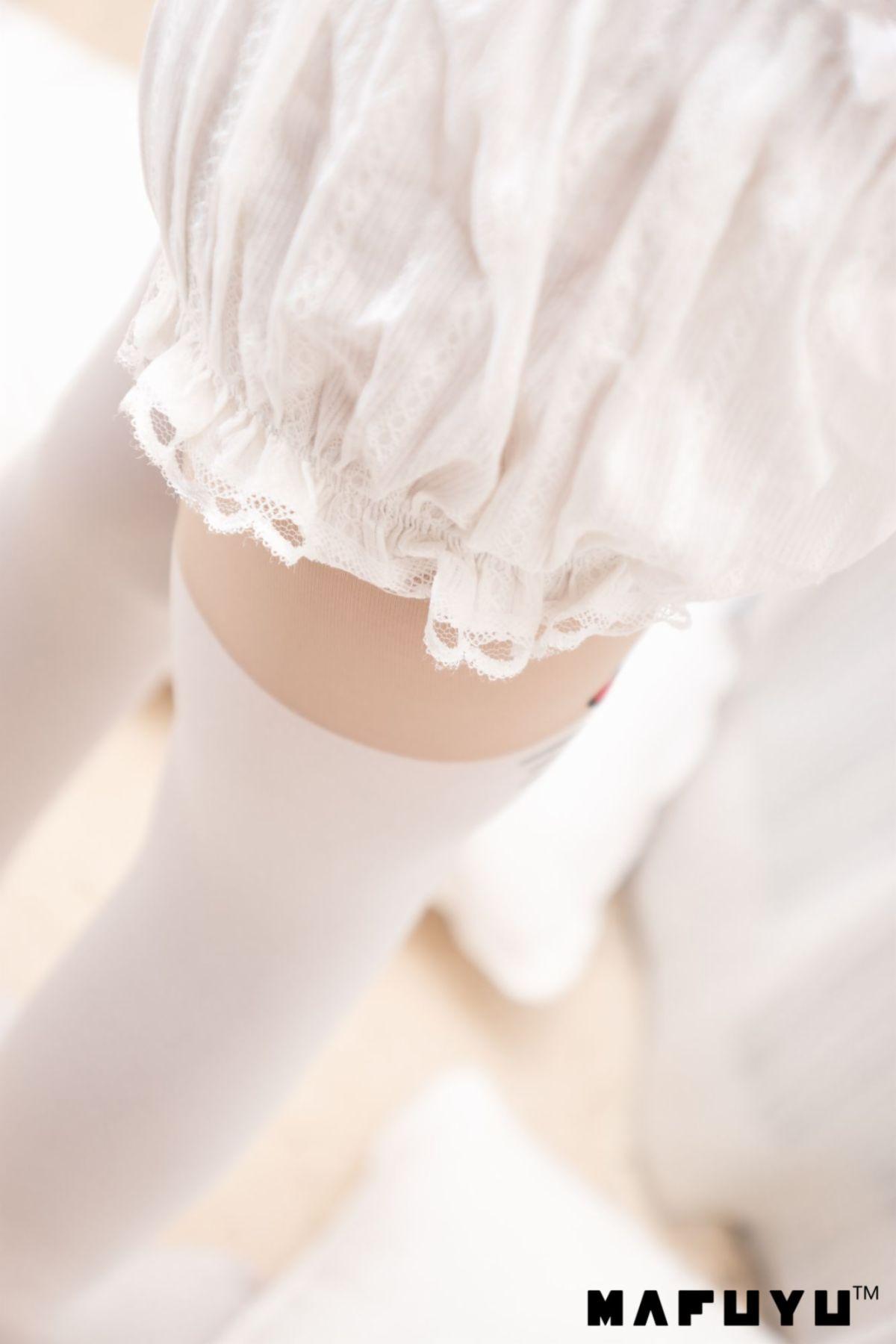 【领域少女】白丝袜女孩被挠痒痒2018-05-25