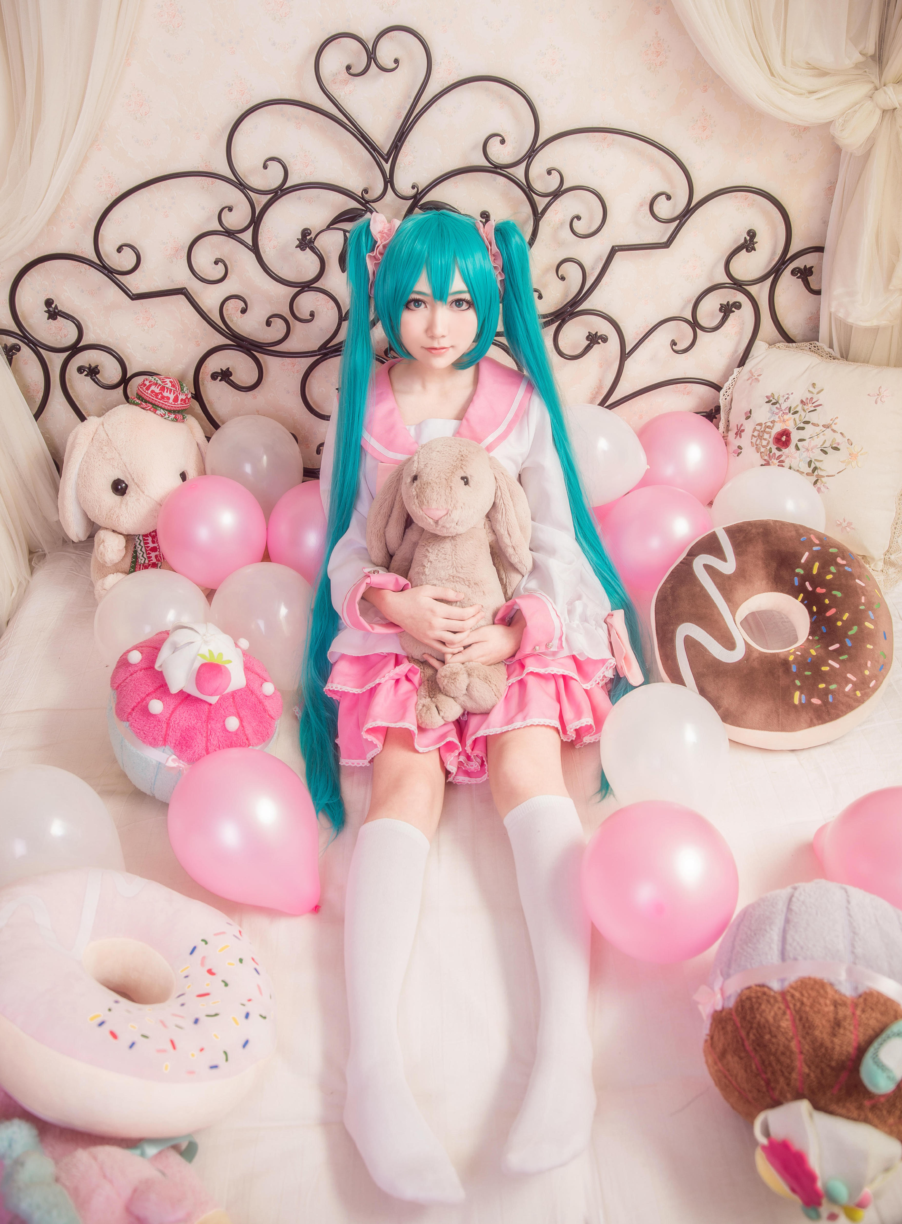 【Cosplay】VOCALOID 白丝