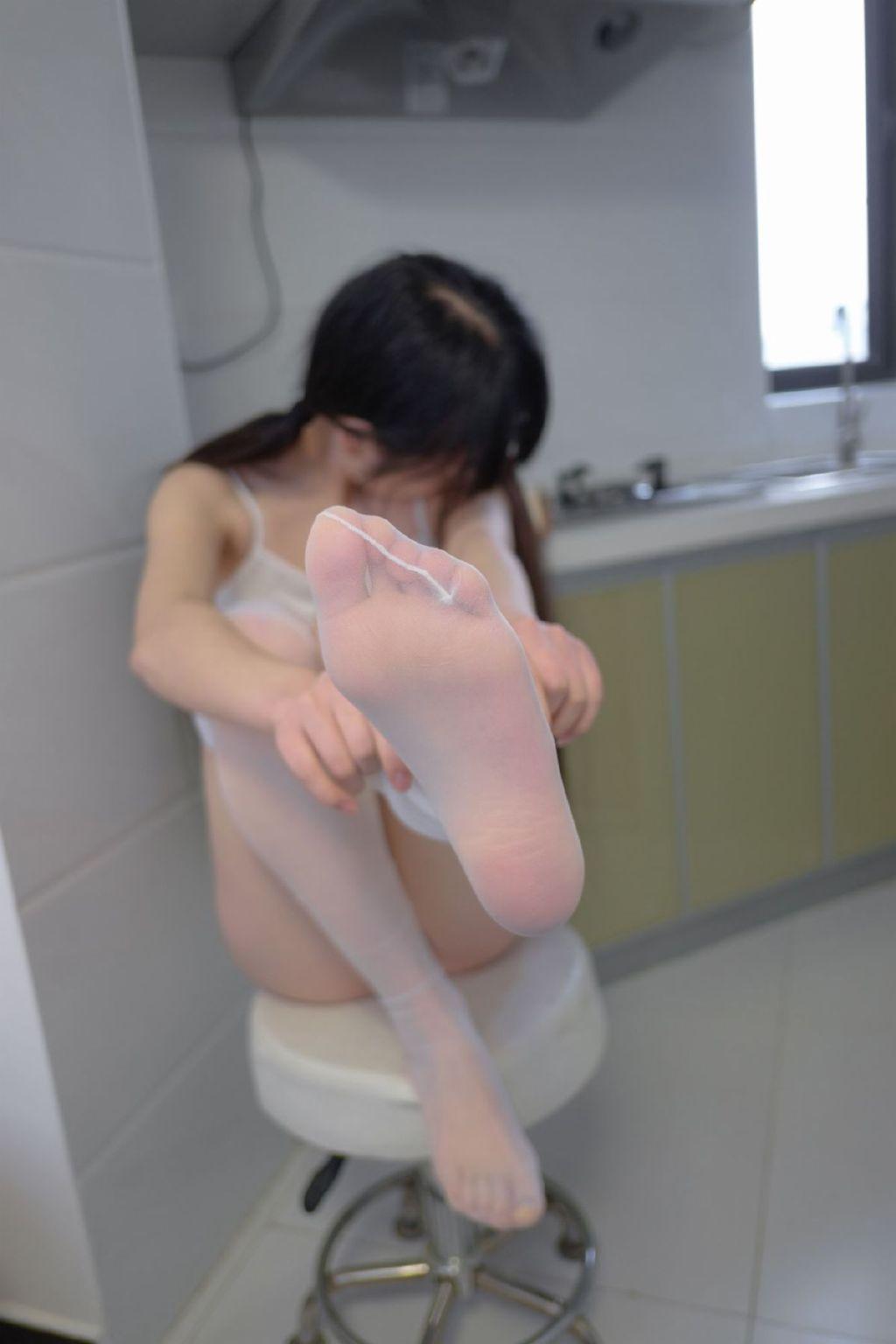 【领域少女】女孩黑丝袜图片2019-06-22