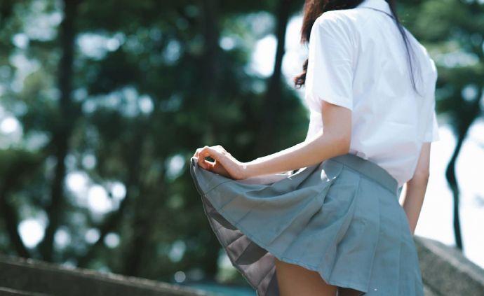 【领域少女】白丝袜女孩脱袜子2018-07-29