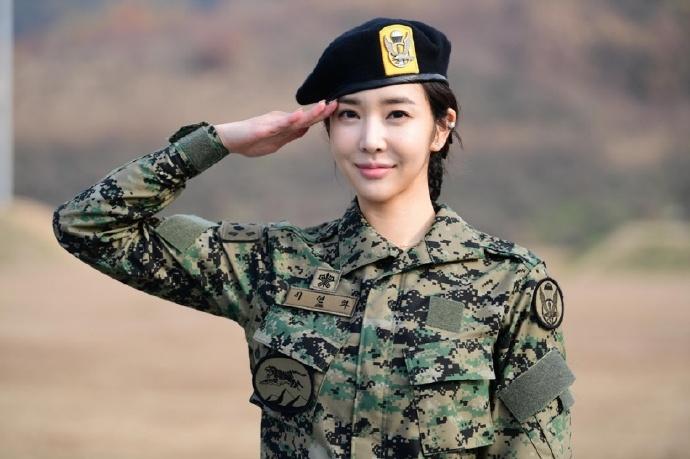 关于劳军,南韩军队很知道怎么帮阿兵哥打打气